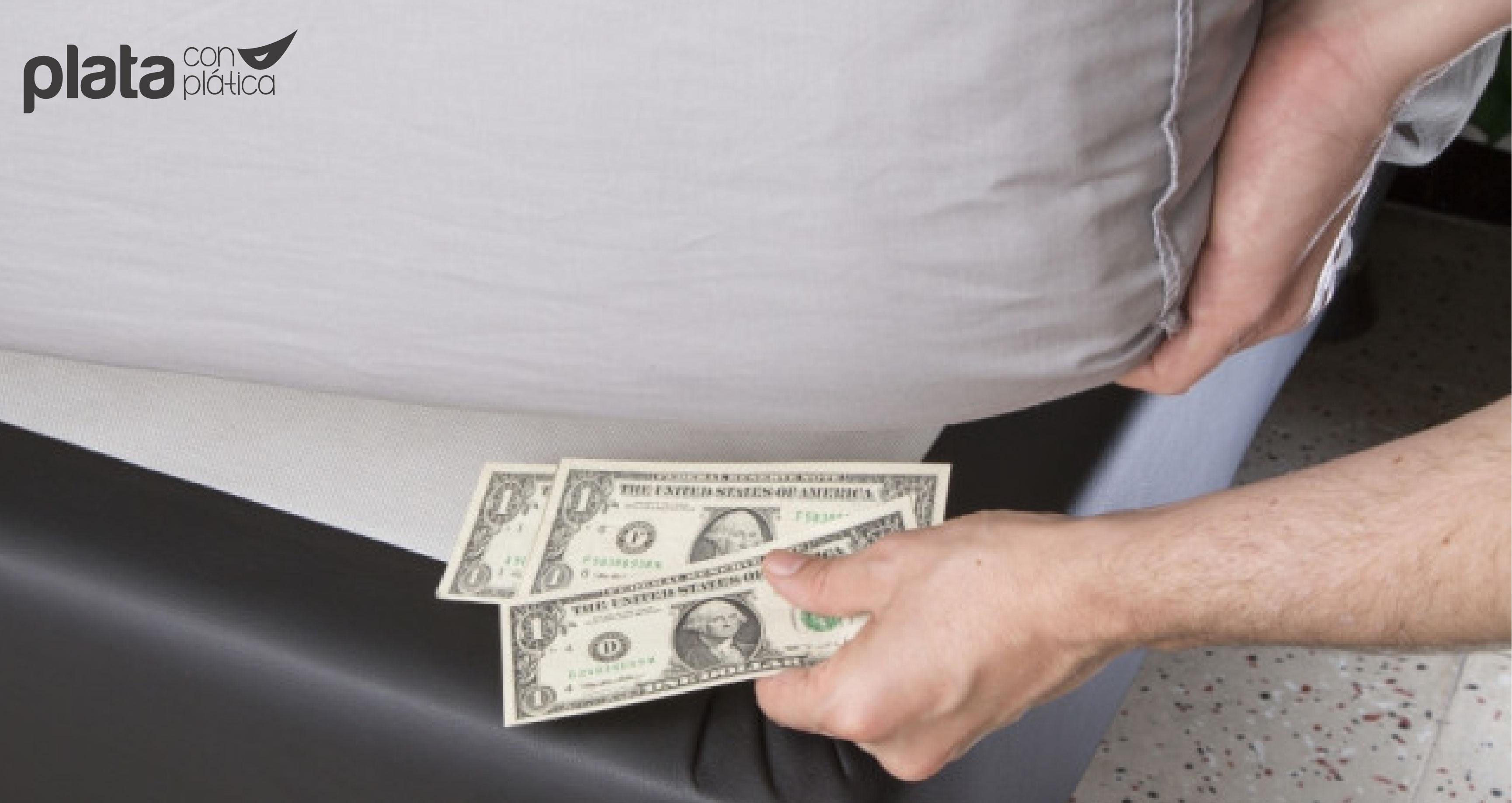 dinero debajo del colchón 01 | Plata con Plática