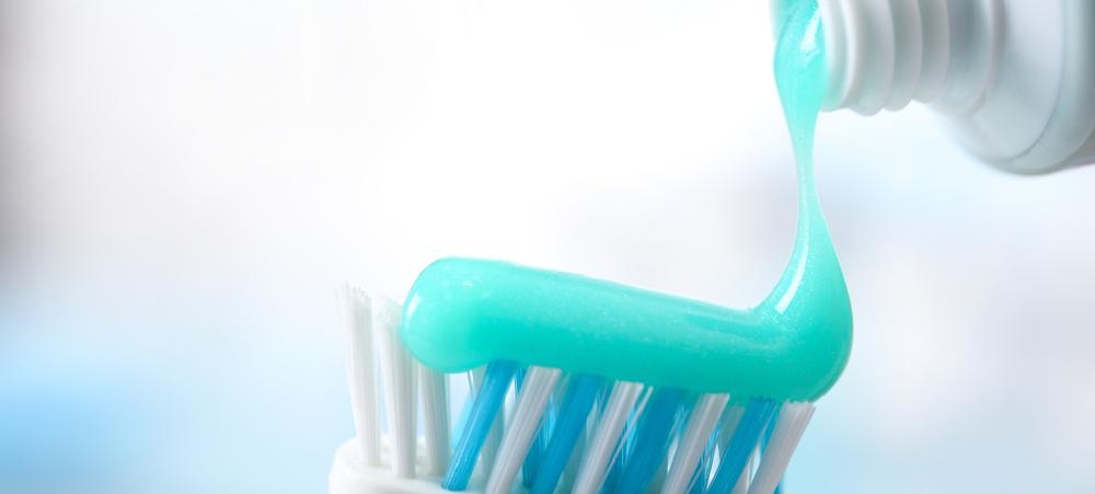 Pasta de dientes 08 | Plata con Plática